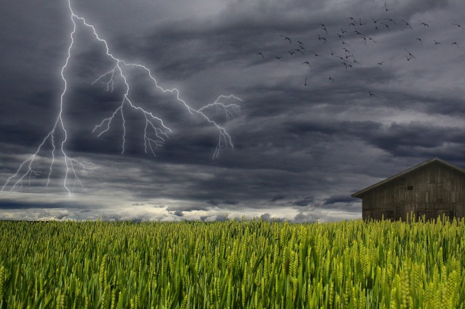 storm-1504607_1920